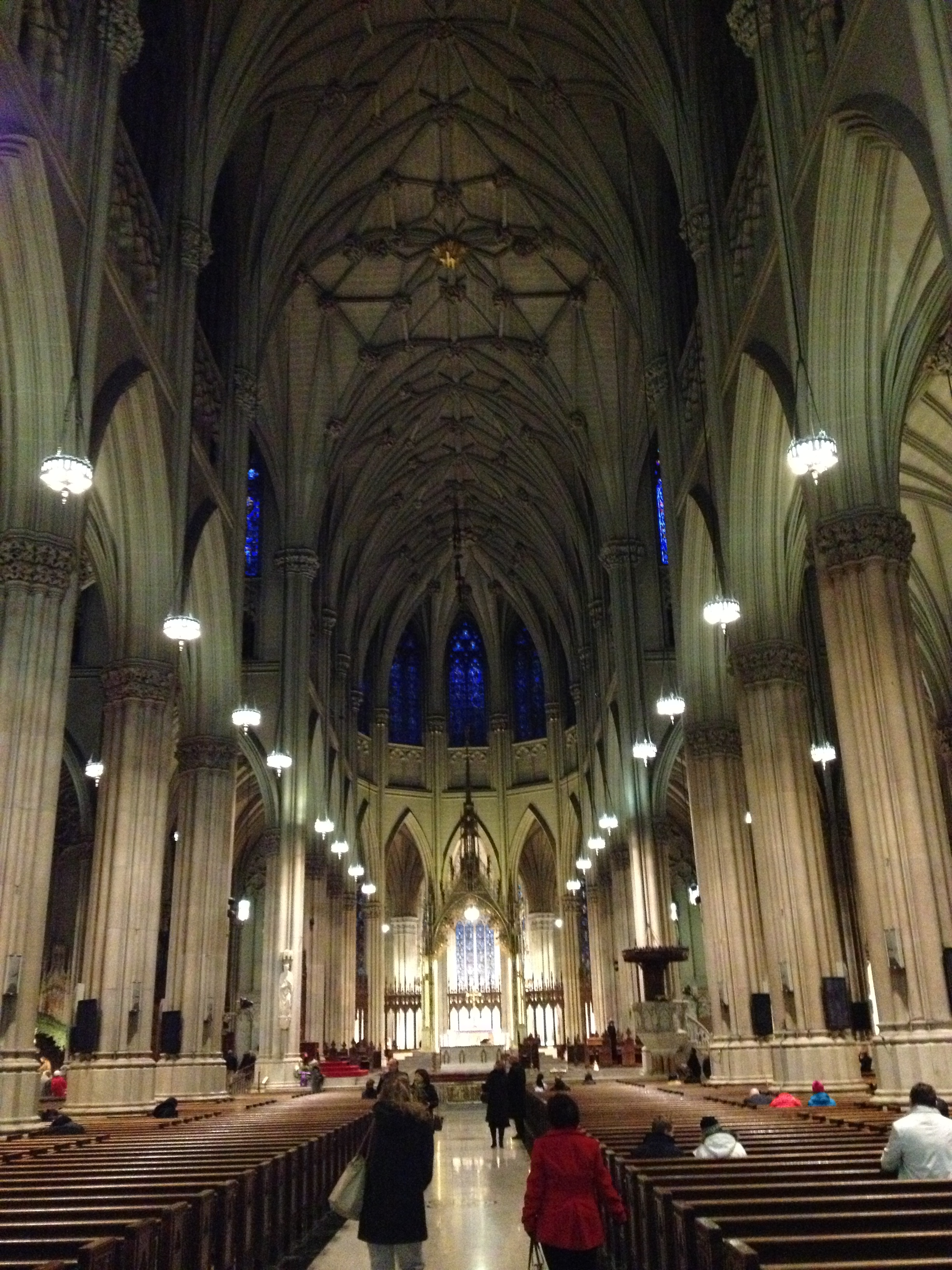 St patrick s cathedral a gothic revival building eng for Gothic revival interior