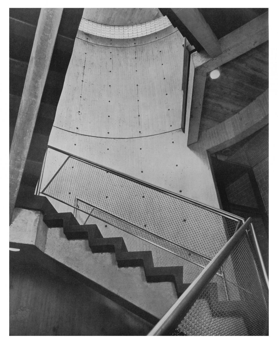 yale art gallery_stair view