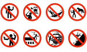 Russian signage used to ban taking selfies [Russian Ministry of the Interior, via www.sciencealert.com