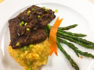 Tempeh Scallopini with Shallots and Mushrooms, Risotto & Asparagus