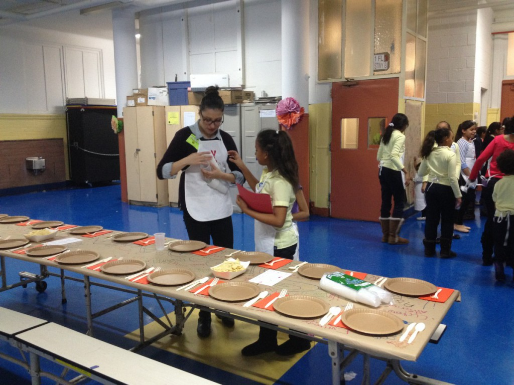 Teachers and students help each other plan an unforgettable Thanksgiving event