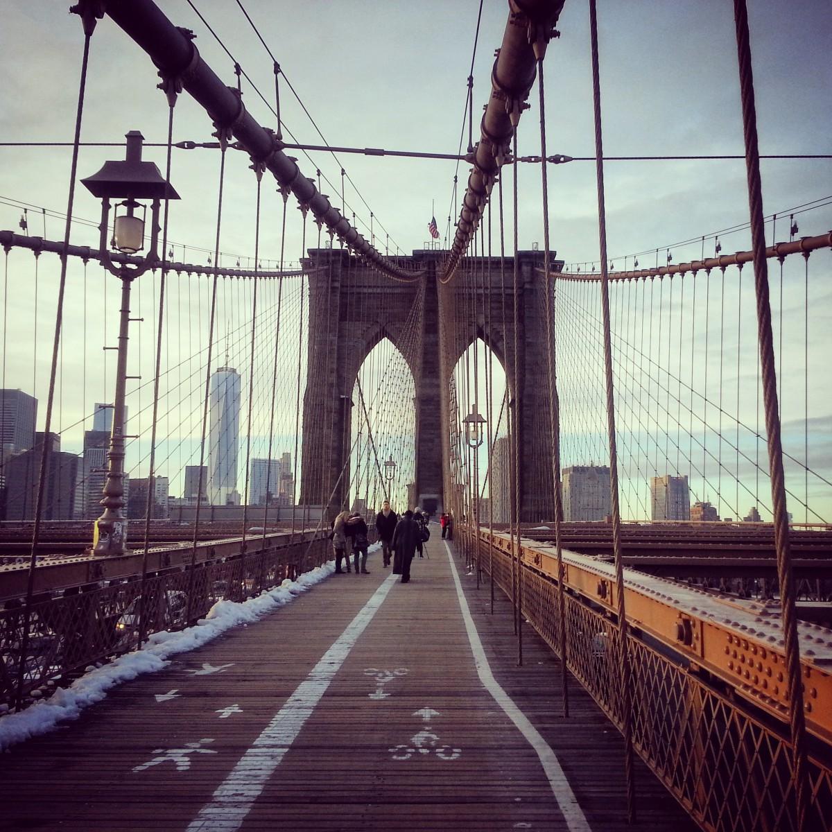 people on the Brooklyn bridge