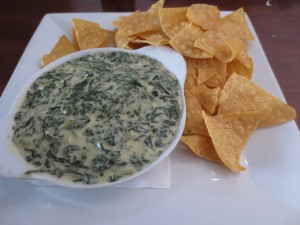 spinach dip with corn chips