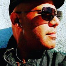 Mario D Martinez